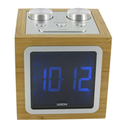 Radio reveil design Lexon en bambou et ecran LCD
