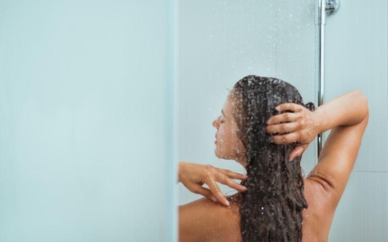 2.  Prenez votre douche le soir